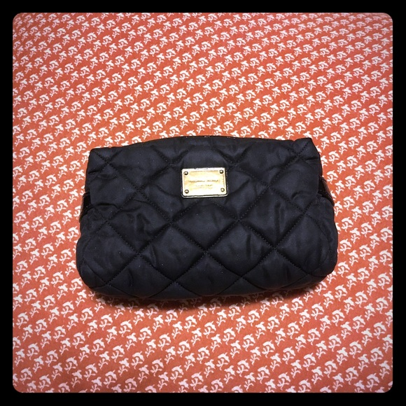 72% off Michael Kors Handbags - Michael Kors Quilted Black Makeup ... : quilted cosmetic bags - Adamdwight.com