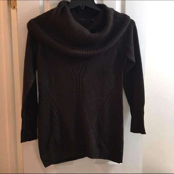 Tahari - Dark brown Tahari cowl neck sweater size M from Melanie's ...