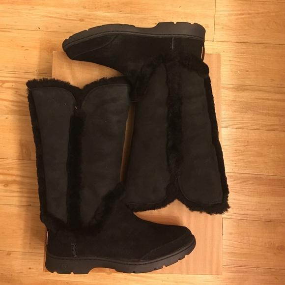 2a3d452b658 UGG Katia Black Boots