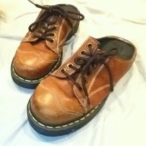 **Dr Martens** brown slip-on Oxford UK 5 US 7 :-)