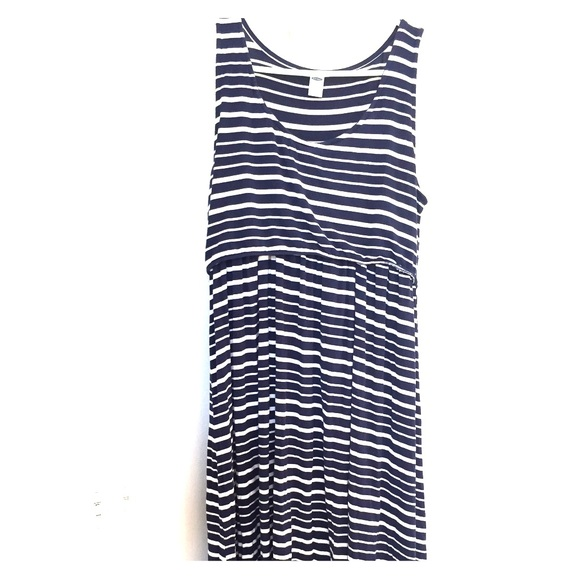 128fa150f10 Old Navy high-low maternity nursing dress. M_583fa51c2ba50ab05000fc1d