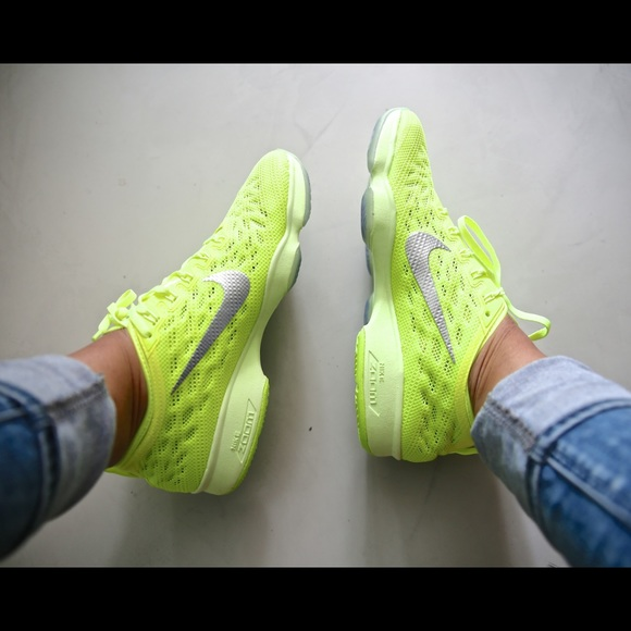 b70c9f39e9 Women s Nike Zoom Fit Agility - Neon Green. M 583fa6ee6d64bcbdd8010531