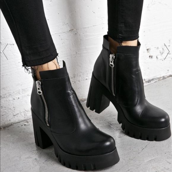 f3e62cc6a99c Zara 2016 black chunky heels booties. M 583fdd64c2845656db019ce1