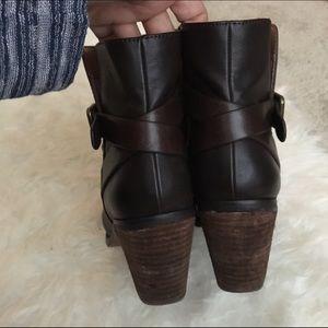 LOFT Shoes - Loft brown booties
