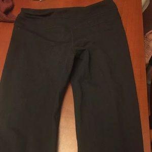 Lululemon yoga pants size 6