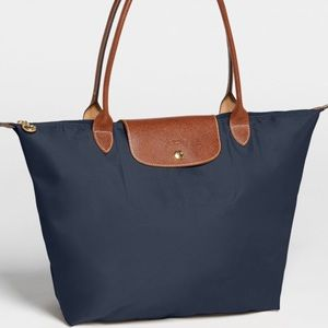 🌷LONG WEEKEND🌷Longchamp Le Pliage large navy