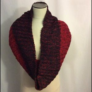 NWOT Red and Black Infinity Scarf Great Gift