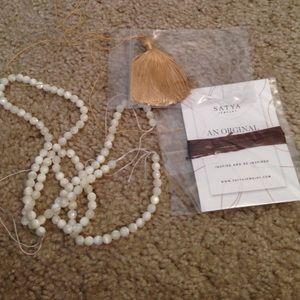 Satya Jewelry Jewelry - Satya Jewelry Mother of Pearl Mala Necklace Kit