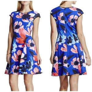 Vince Camuto Dresses & Skirts - Vince Camuto Floral Fit & Flare Dress