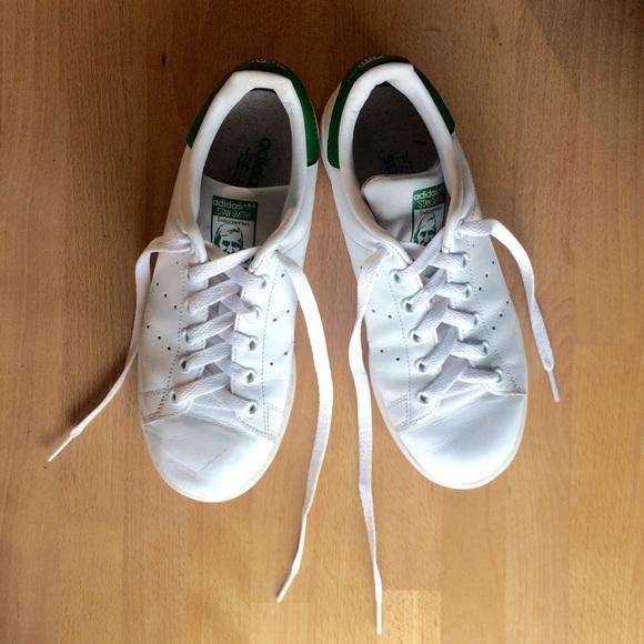 Adidas Scarpe Stan Smith 6 Poshmark Scarpe Adidas Di Pelle Bianca 0b0884