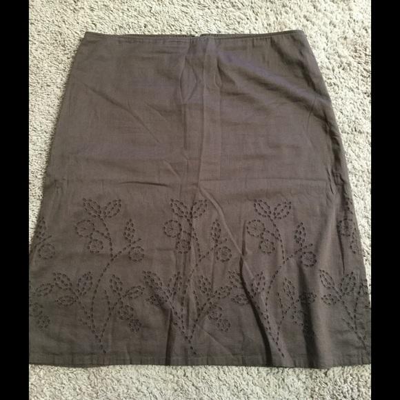Theory Dresses & Skirts - Women's Theory knee length brown skirt