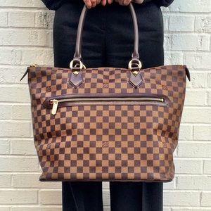 Louis Vuitton Handbags - Authentic Louis Vuitton Saleya GM in DE