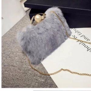 Fur clutch/shoulder bag
