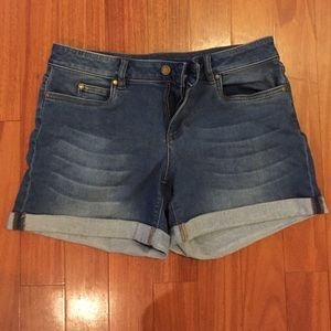 Two by Vince Camuto Pants - Two by Vince Camuto Denim Cuffed Shorts- 27