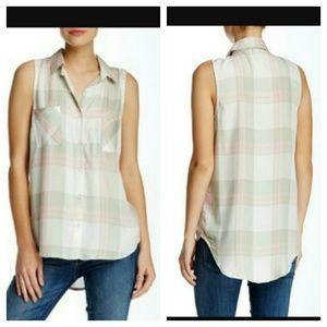 Stoosh Tops - Stoosh sleeveless plaid large L button down top