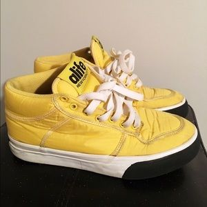 Alife Other - Alife Limited Ed. Mid Parachute Everybody Sneakers