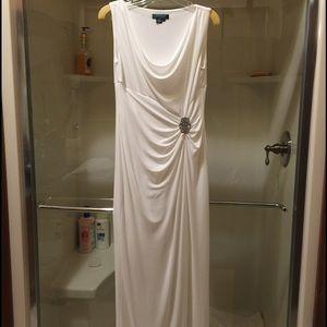 EUC Lauren by Ralph Lauren formal dress size 8