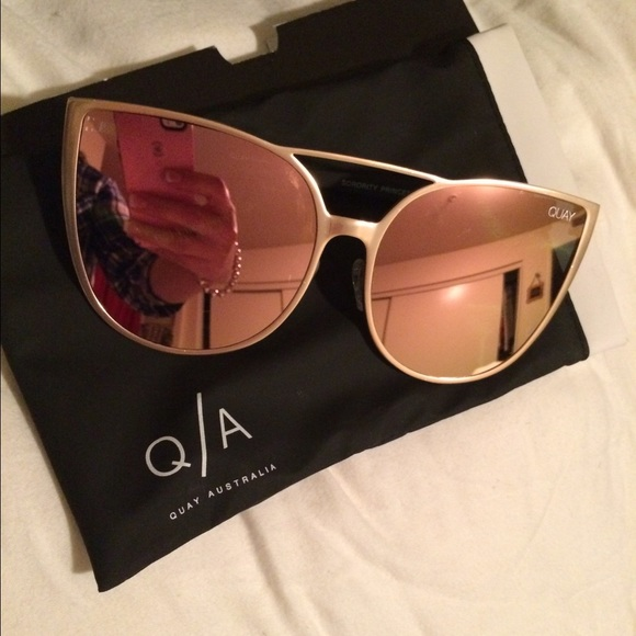 3f9891aa0f899 QUAY sorority princess sunglasses. M 5840c6859c6fcf48860428d6