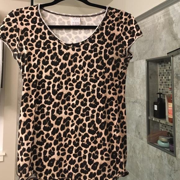 ac73b6afb367 Zara Tops | Leopard Print T Shirts Size M | Poshmark