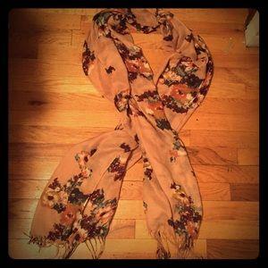 Zara Accessories - Zara scarf - beautiful floral print w/ fringe trim