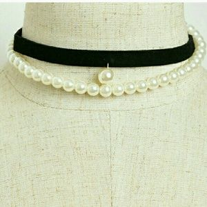 Jewelry - 💋Almost gone💋Suede and Pearls Choker Brand new!!