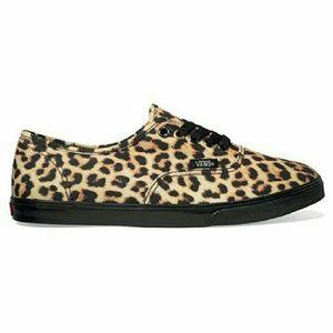 Unisex Leopard Print Vans Sneaker Women Sz 9 NIB