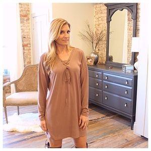 Dresses & Skirts - Mocha long sleeve lace up dress