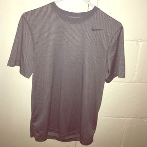 Nike Dri Fit Men's Small Grey Striped Workout Tee
