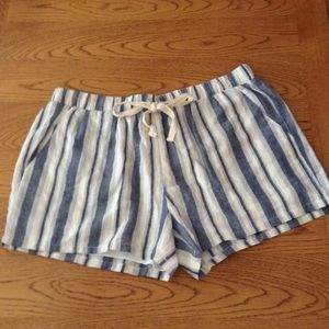 Love Riche Pants - NWT Love Riche shorts w drawstring