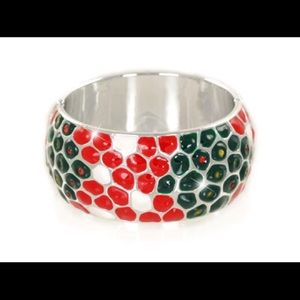 Jewelry - Beautiful poinsettia bangle bracelet