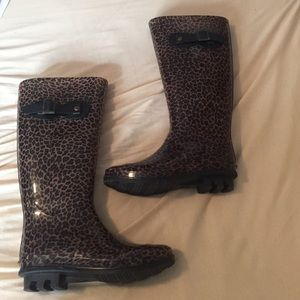 Charlotte Russe rain boots