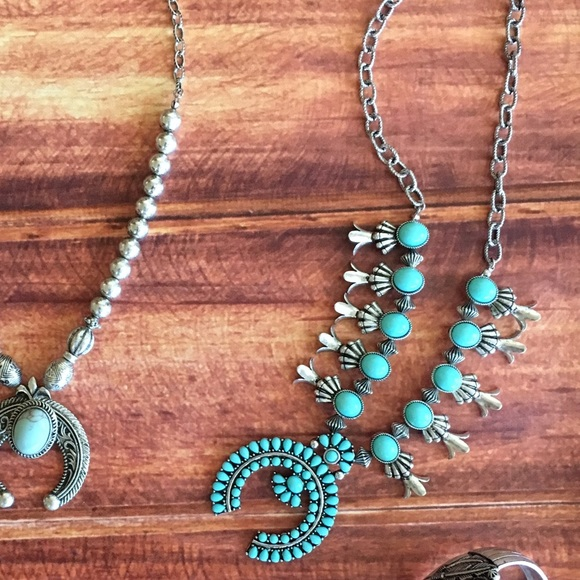 Jewelry - 🌵Back In🌵Squash Blossom Pendant Necklace Set