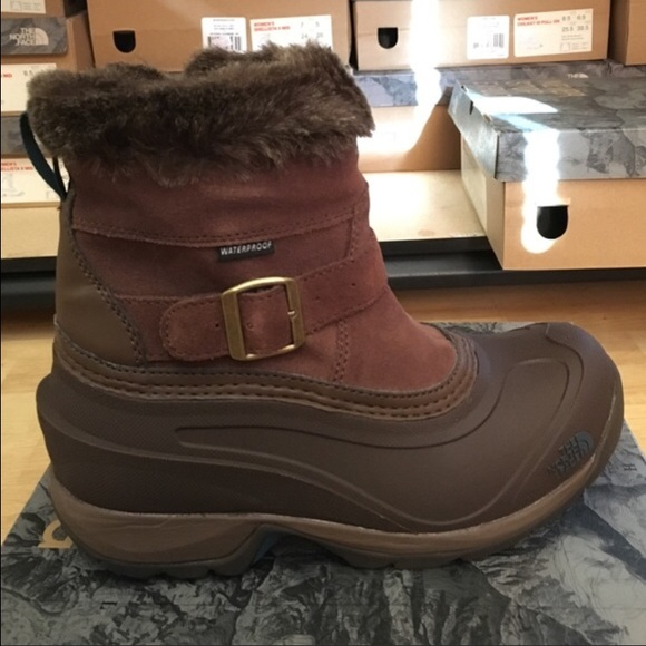 45dbd37be3c North Face Chilkat III Pull On Boots NWT