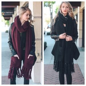 Hannah Beury Accessories - Oversized Scarf with Pockets