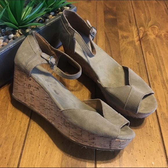 Tom S Sienna Wedges Natural
