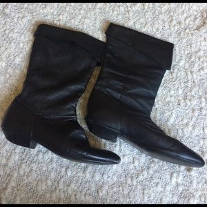 Chinese Laundry Shoes - Chinese Laundry Flat black leather Boots