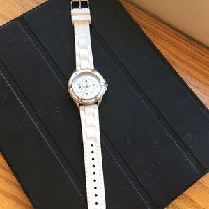 b8671cc10ffe Tommy Hilfiger Other - Tommy Hilfiger wrist watch