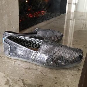 Toms sparkly silver sequin flats