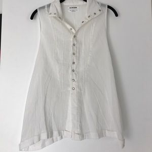 One teaspoon button up