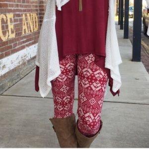 Infinity Raine Pants - Burgundy/red snowflake leggings