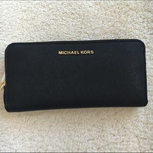 Michael Kors Handbags - MICHAEL KORS  black wallet