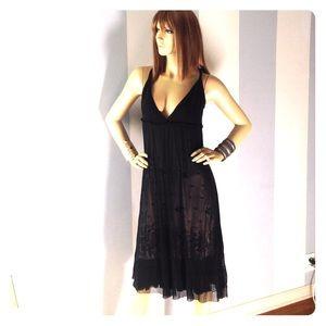 Black silk soft lacy dress w nude skirt lining
