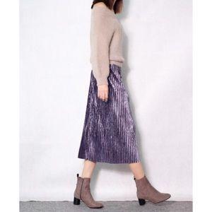 🚨Flash SALE🚨Pleated velvet midi skirt💞 (Purple)