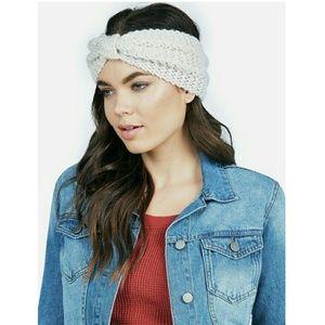 Accessories - Ear warmer headband