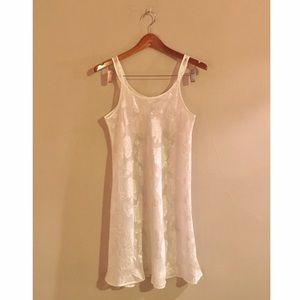 Vintage Oscar de la Renta Night Gown