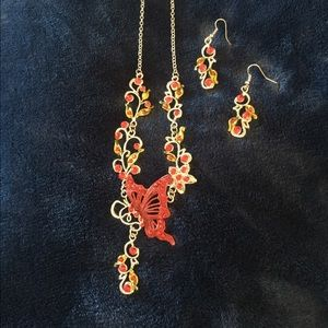 Jewelry - ❤️Red and Gold Necklace and earrings