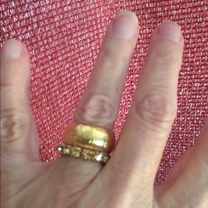 Jewelry - ❤️Two gold rings.