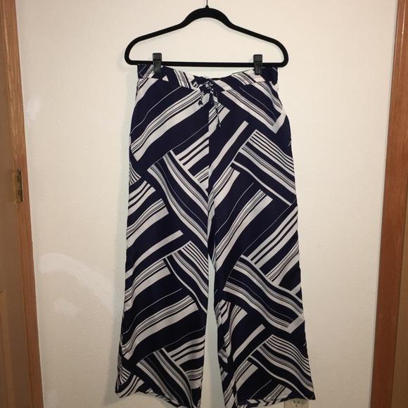 e01003fa4f8 Navy blue and white palazzo pants