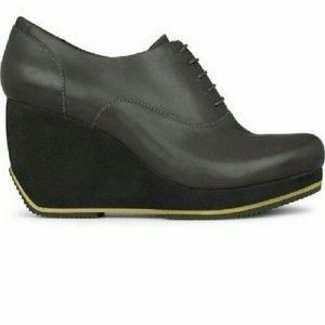 Camper Shoes - Camper x Romain Kremer Oxford Wedge Bootie 36/6
