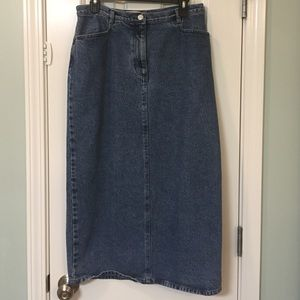 Evan Picone Dresses & Skirts - 🎈3 for $20🎈Evan Picone Denim skirt